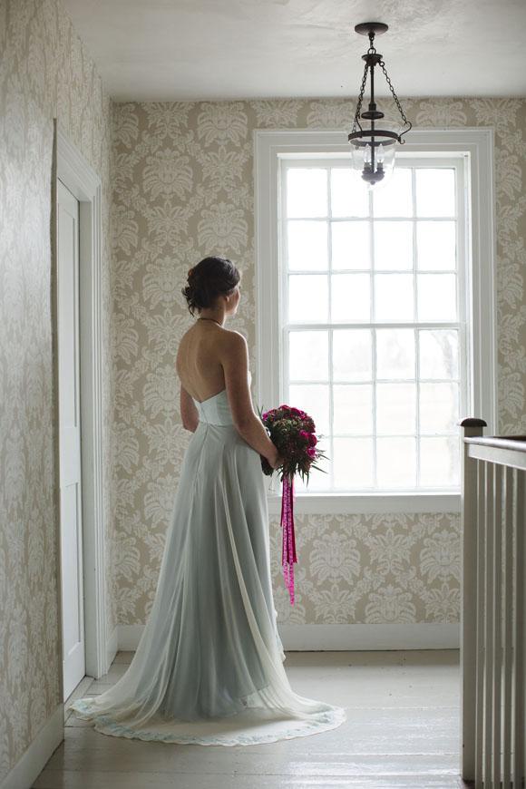 Chic delicate vintage wedding dresses