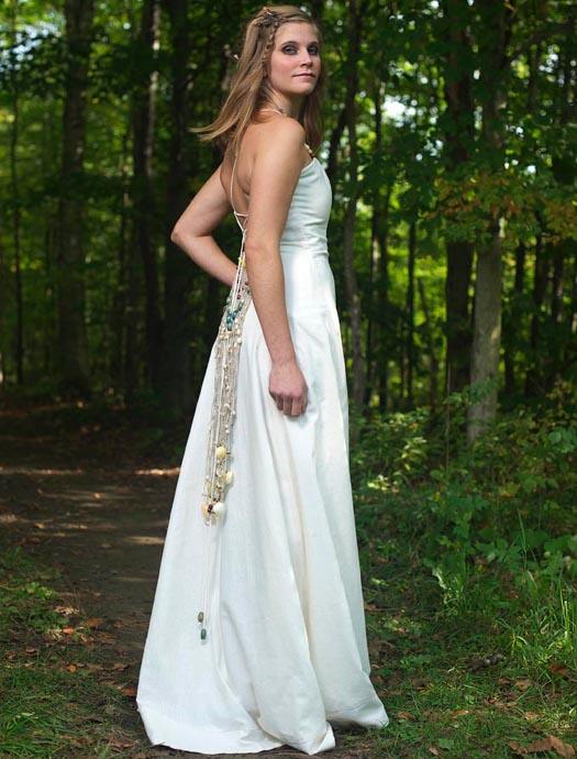 Bohemian wedding dress made of hemp and organic cotton